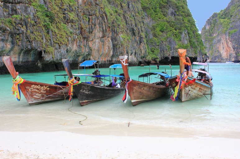 Canoas Islas Phi Phi, Tailandia Foto: ©depositphotos/kalervok