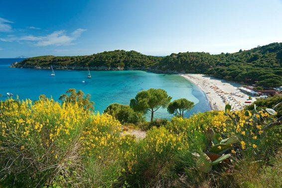 Isla d'Elba, a 115 km de Livorno.