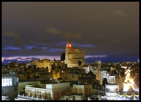 Vista nocturna desde la azotea del Círculo de Bellas Artes. Imagen: Algunos derechos reservadosporAntonio Garro /Flickr