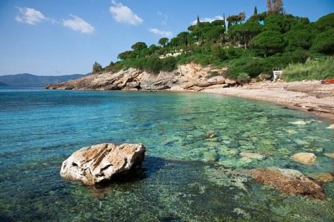 Playa de Madonna delle Grazie, a 3,5 km de Capoliveri.