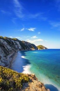 La Playa de Sansone a 4 km de la Playa de Capo Bianco.