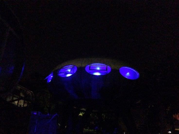 occupy UFO house-10