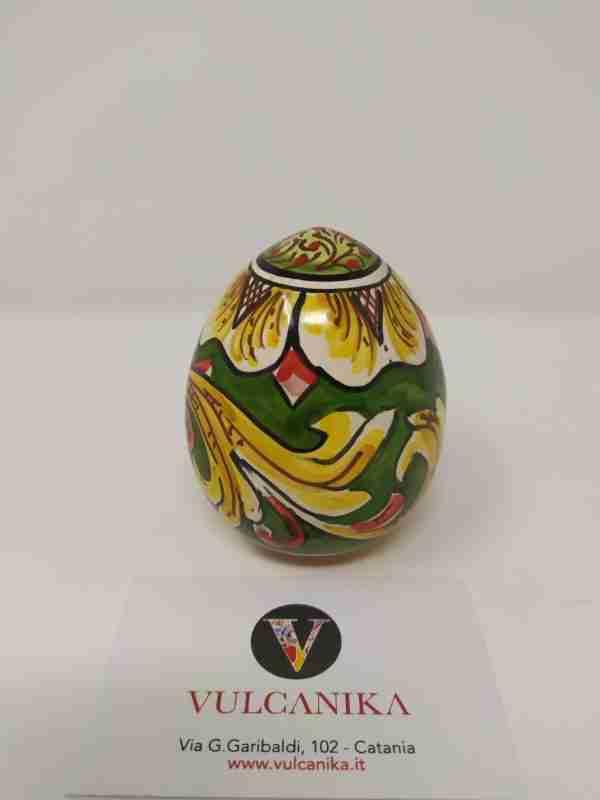 Un complemento d'arredo molto versatile che si adatta perfettamente ad ogni stile di arredamento: Uovo Pasquale In Ceramica Di Caltagirone Vulcanika