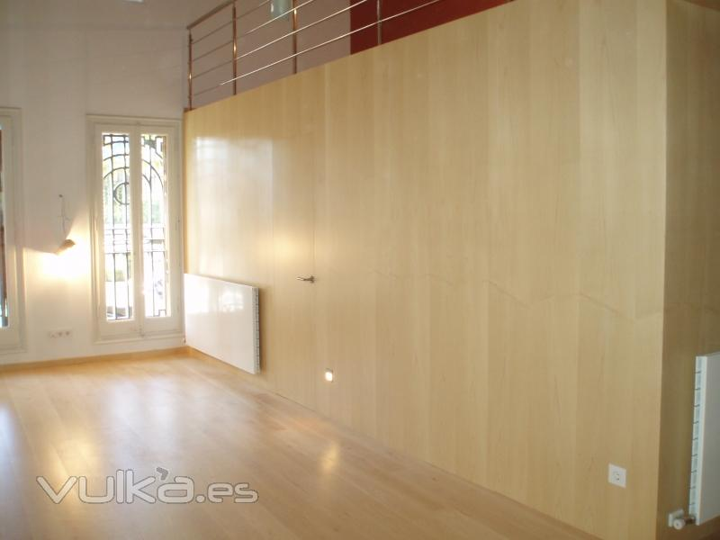 Foto Panelado de paredes con puertas integradas 1