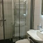 Pesukoneliitäntä kylpyhuoneessa.