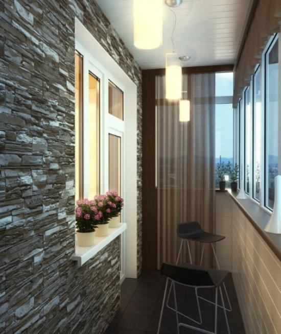 Balkonbelysning kan justeres med gardiner og flere pendellamper