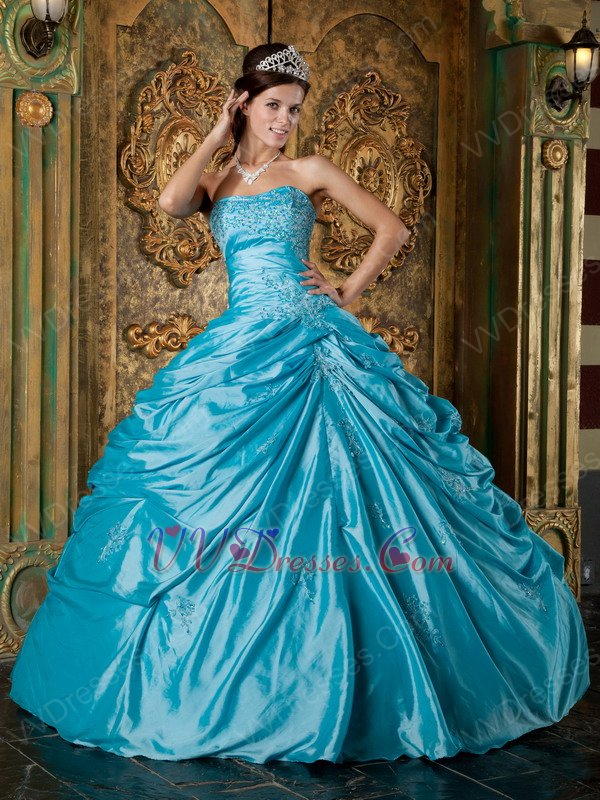Appliqued Sweetheart Deep Sky Blue Quinceanera Gowns