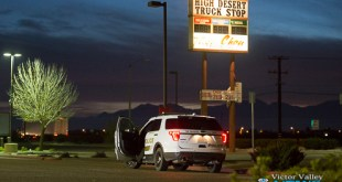 A Victorville Sheriff responded to the alleged attempted robbery at the High Desert Truck Stop. (Gabriel D. Espinoza, Victor Valley News)