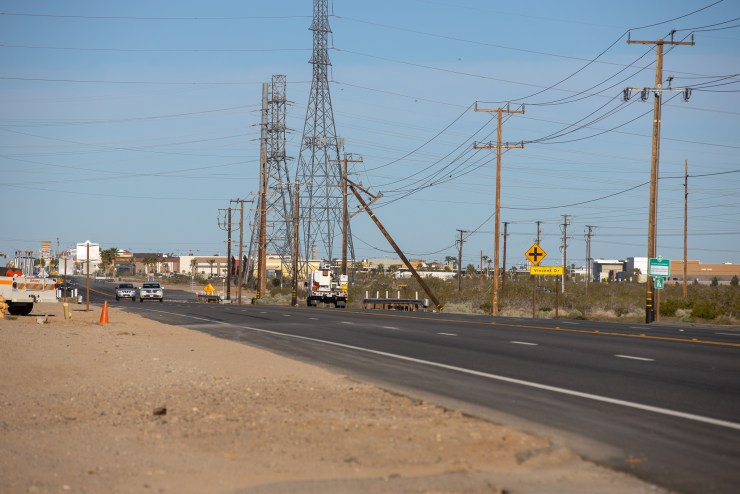 A view of where the damaged utility pole is located along Palmdale Road. (Hugo C. Valdez, Victor Valley News)