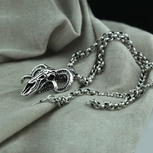Men's Sterling Silver Sheep Bone Skull Pendant Necklace