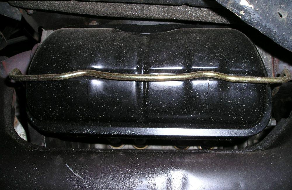 medium resolution of 4 leaking valve covers