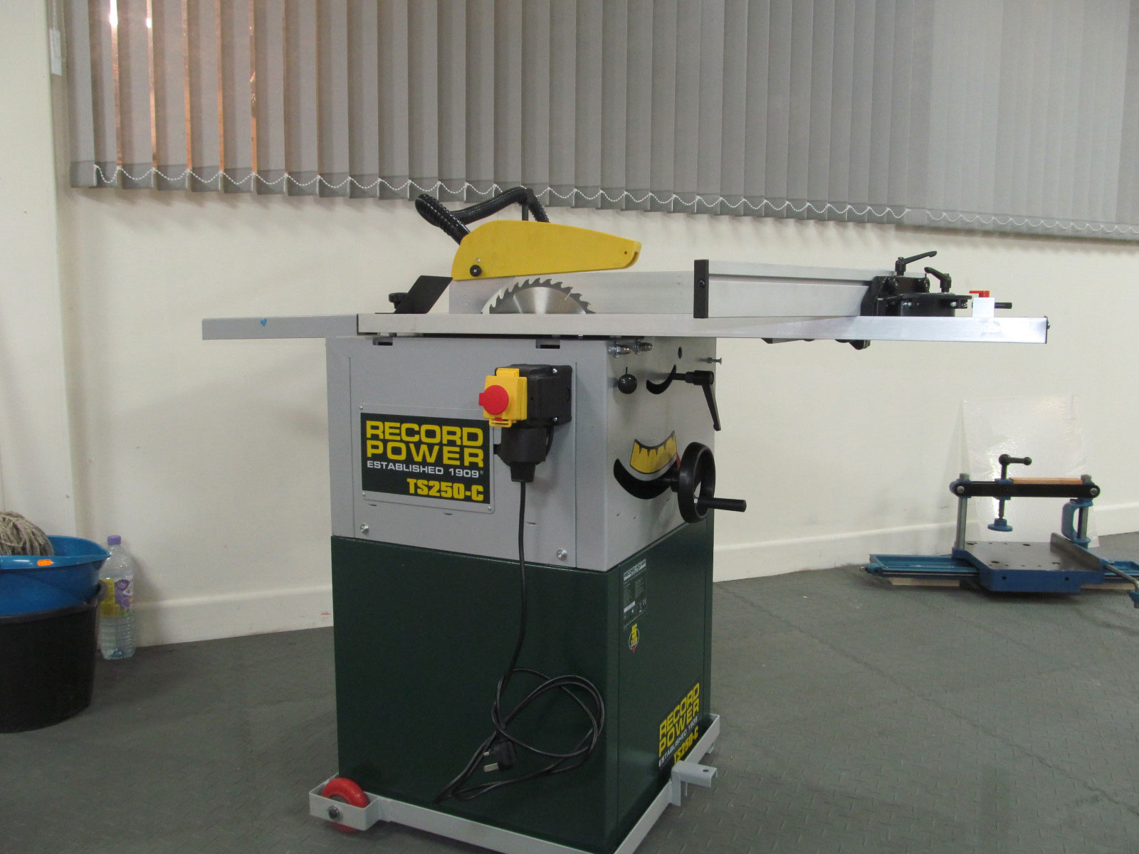 Record Power TS250CPKA Cabinet saw  VWM Ltd