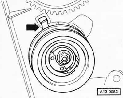 Снятие и установка зубчатого ремня (двигатель SDI