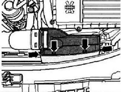 Снятие и установка термостата (Силовой агрегат / Двигатель