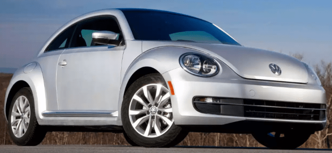 2013 Volkswagen Beetle Owners Manual and Concept