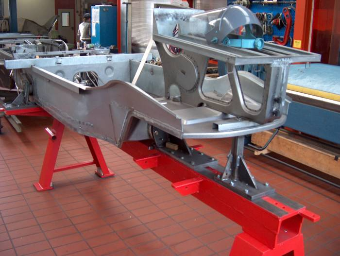 VW 166 Schwimmwagen  Vergleich zwischen Vorserienwagen