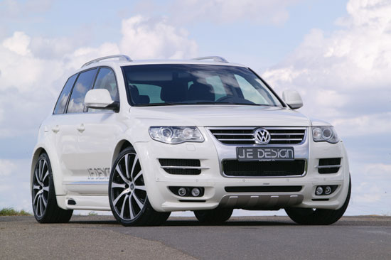 Quot Wider Quot Luxury Dream Car Vw Touareg Facelift