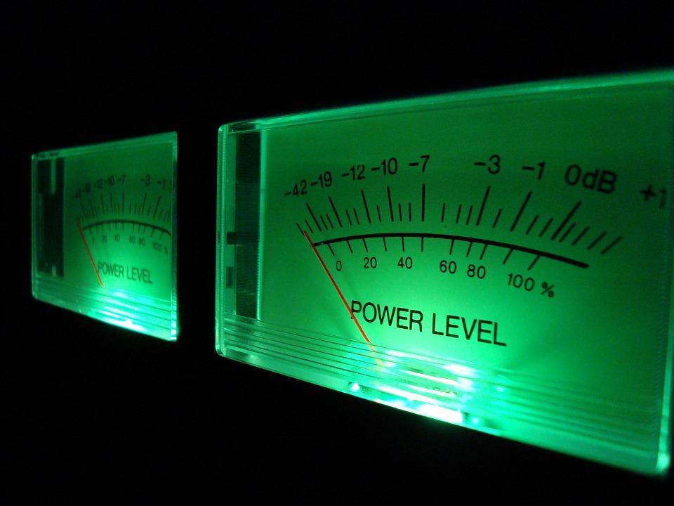 Fyzika s iPadem – dB Meter
