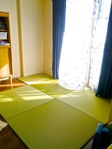 畳を敷いた赤ちゃんのスペース