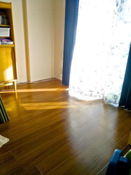 畳を敷く前のフローリング