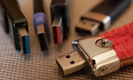 La clé USB : cette invention miraculeuse qui reste dans nos cœurs et sur nos bureaux