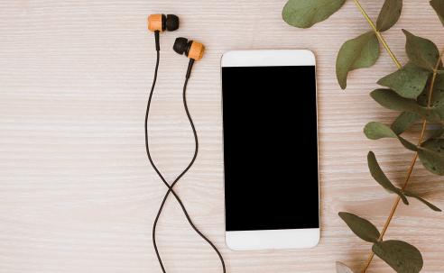Les podcasts français les plus écoutés pour bien débuter 2019