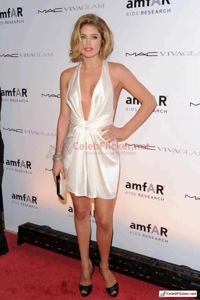 Doutzen Kroes Pictures in Awesome White Dress -01