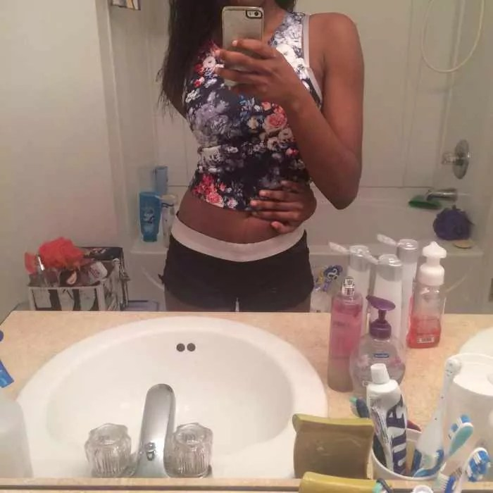 The Belly Button Challenge Is Going Viral - 25 Photos -03