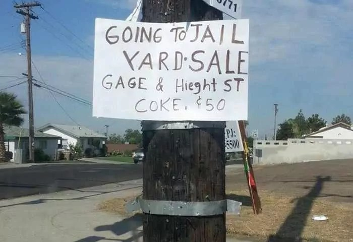 25 Brilliant Yard Sale Signs That are Mind Blowing -03