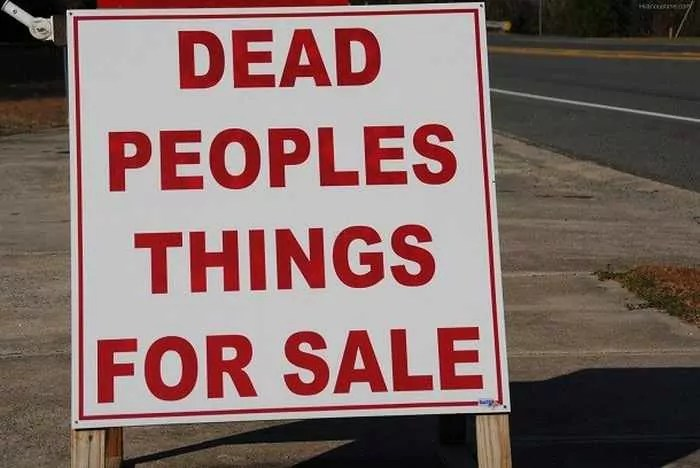 25 Brilliant Yard Sale Signs That are Mind Blowing -04