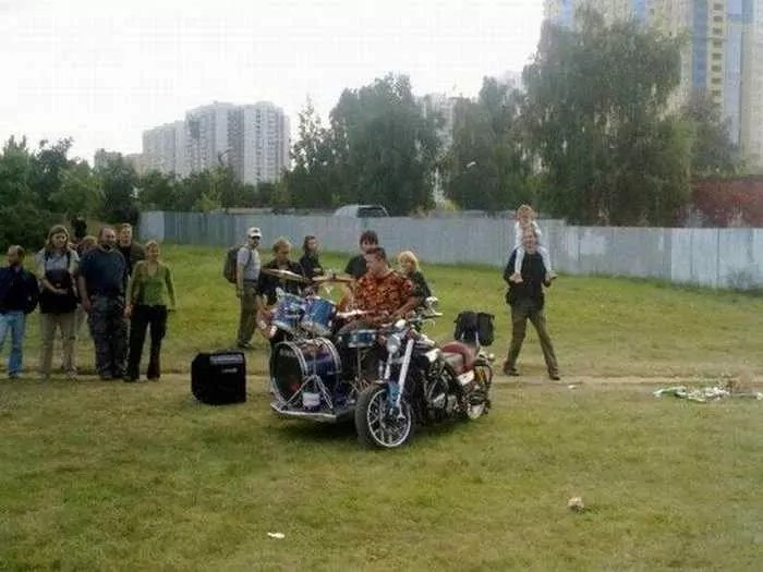 Funny Bike With Drums For Music Lover - 8 Pics -04