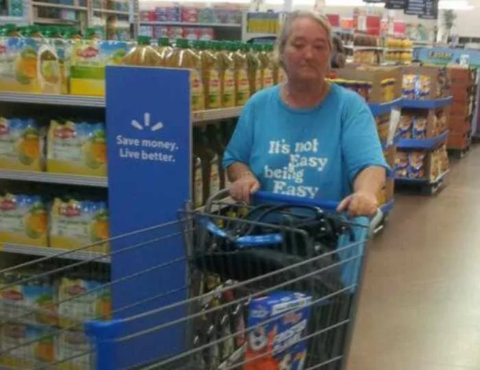 The 45 Funniest People of Walmart Photos -04