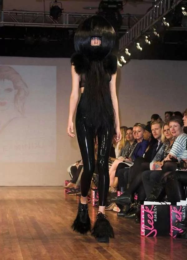 Funny And Weird Fashion That You Only See In the Fashion Shows