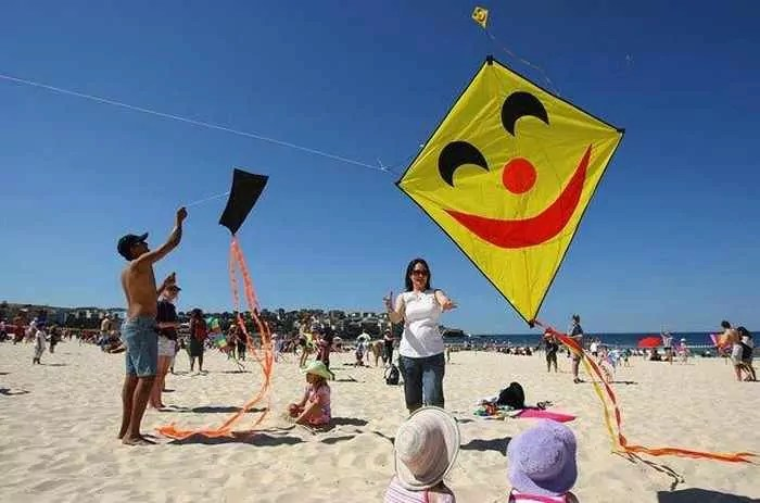 9 Awesome Pics Of Funny Air Festival In Australia -01