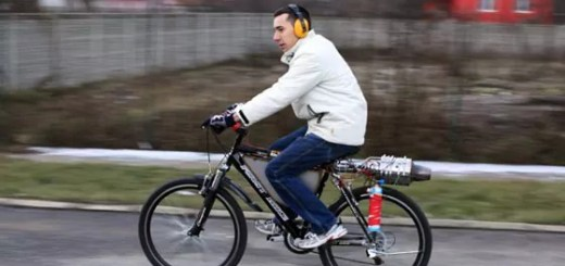 funny-jet-engine-bicycle-01