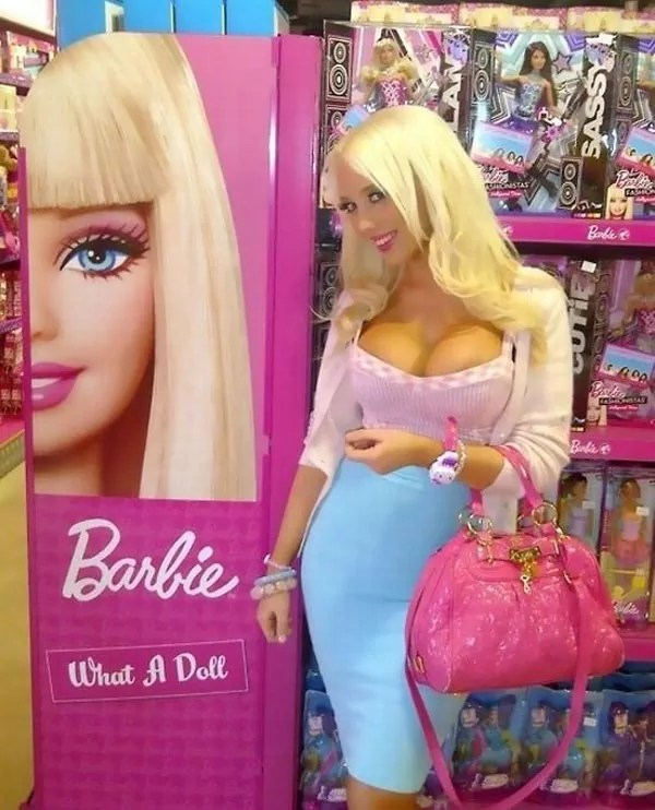 Barbie Doll That Every Normal Guy Want to Marry
