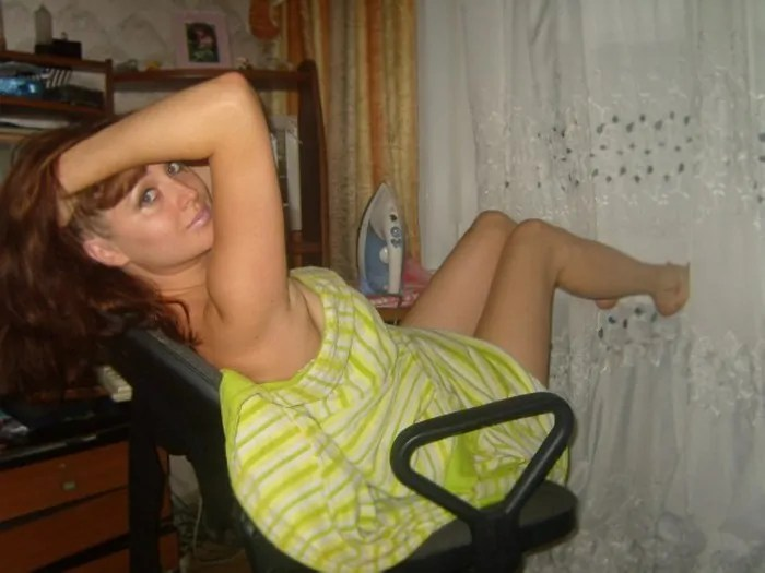 50 Funny Russian Girls Who Failed To Look Hot-09