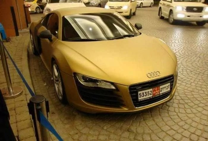 Awesome Gold Audi R Car Of The Day Pics - Audi car builder