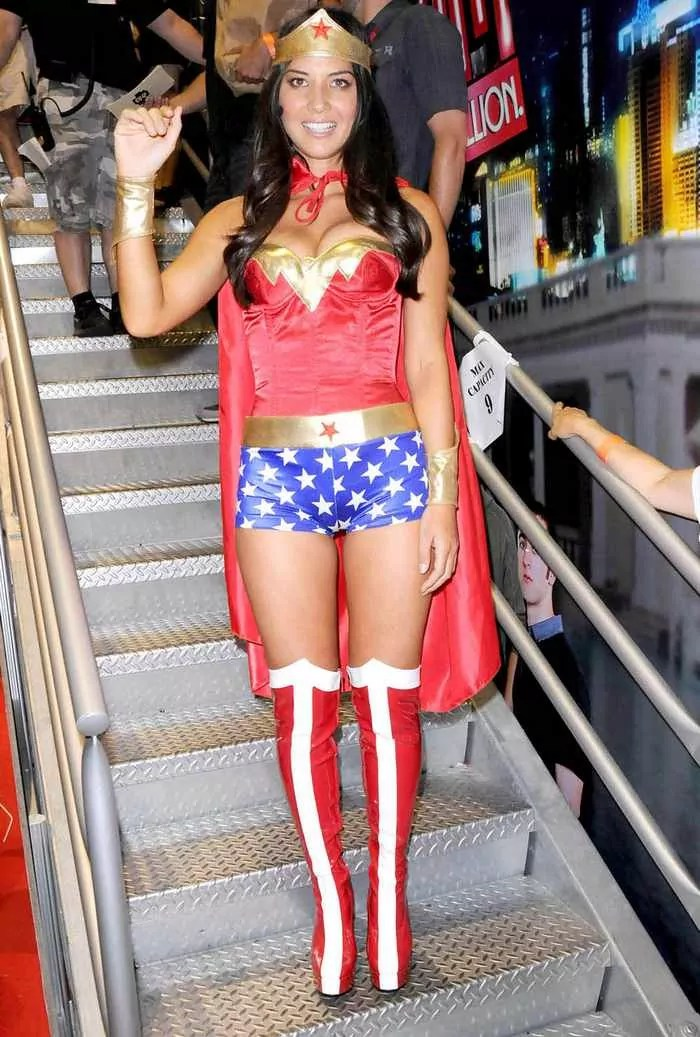 14 Funny Pictures of Olivia Munn Will Blow Your Mind-06