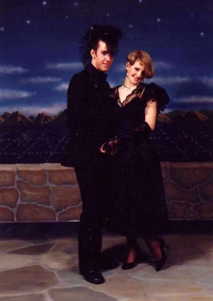 50 Ridiculous 80's Prom Photos That Will Make You Laugh -02