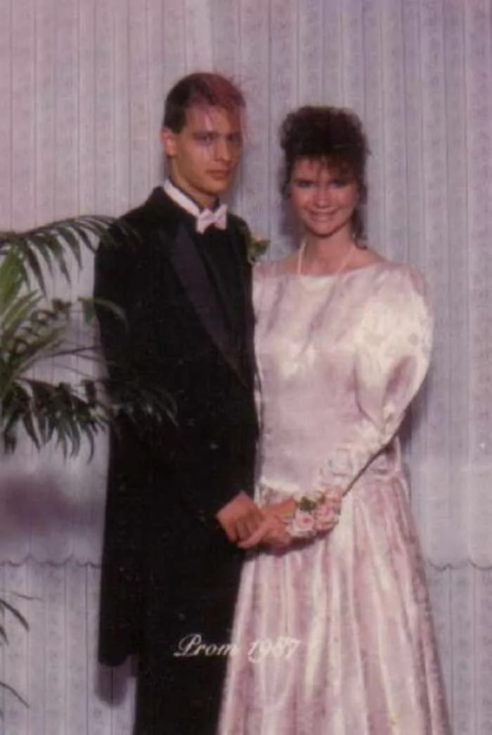 50 Ridiculous 80's Prom Photos That Will Make You Laugh -03