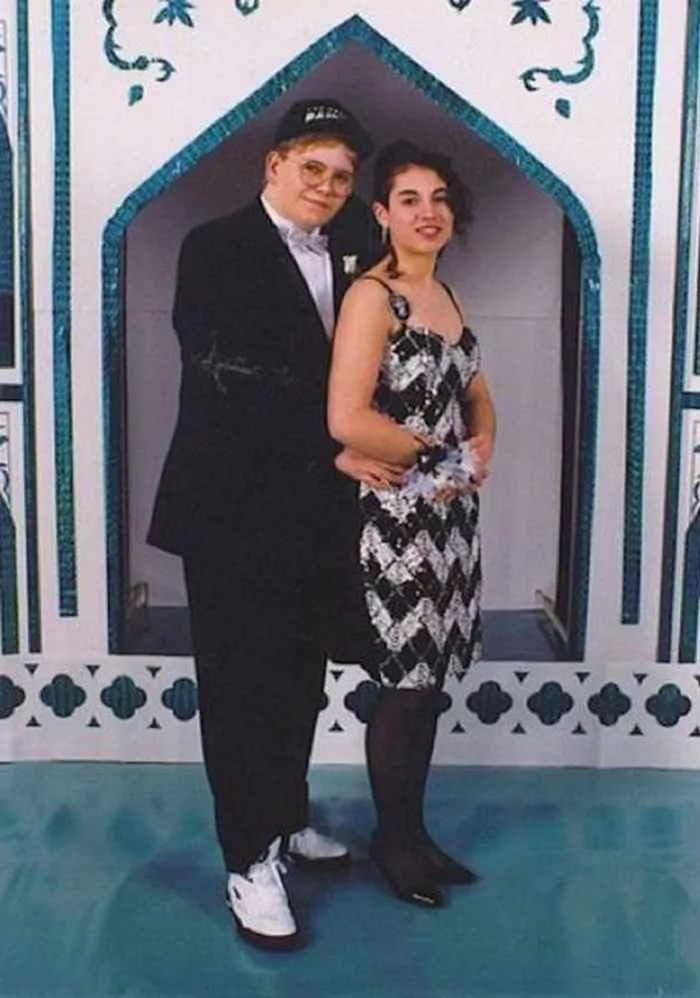 50 Ridiculous 80's Prom Photos That Will Make You Laugh -29