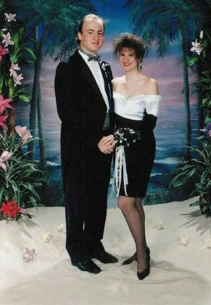 50 Ridiculous 80's Prom Photos That Will Make You Laugh -36