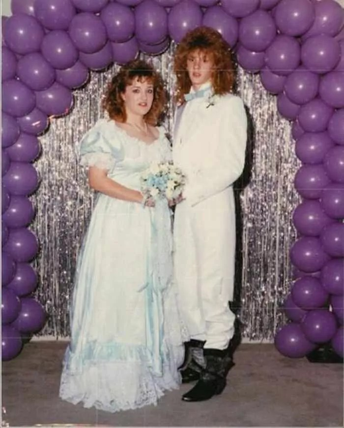 50 Ridiculous 80's Prom Photos That Will Make You Laugh -42