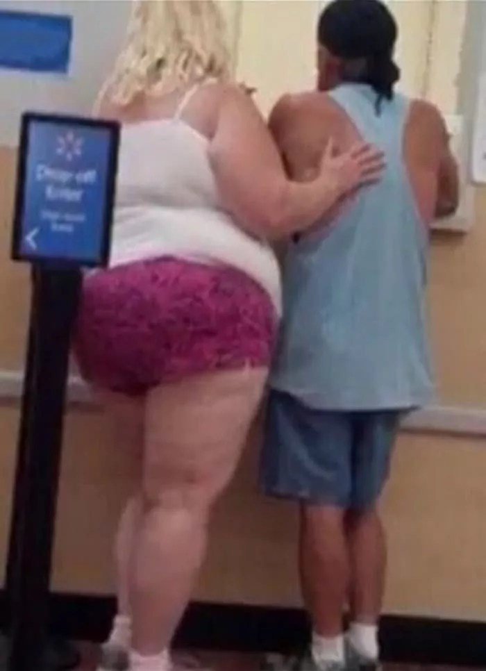50 Ridiculous People of Walmart That Are on Another Level -03