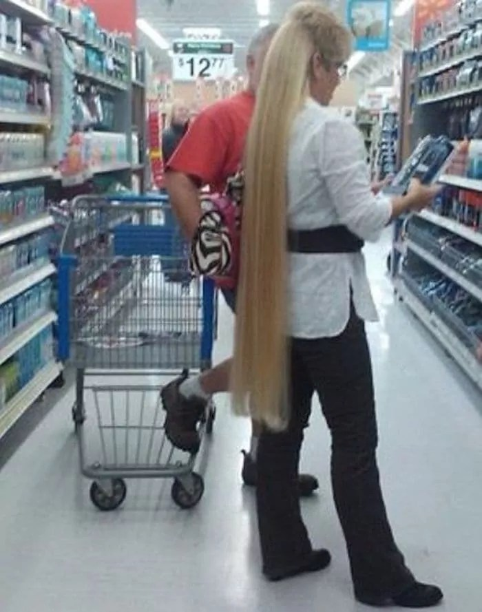 50 Ridiculous People of Walmart That Are on Another Level -06