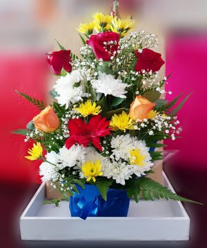 Exoticarrangement,flowerarrangement, mixedflowers,redroses,yellowroses,whiteroses,special,gift,present,onlineflowerdelivery