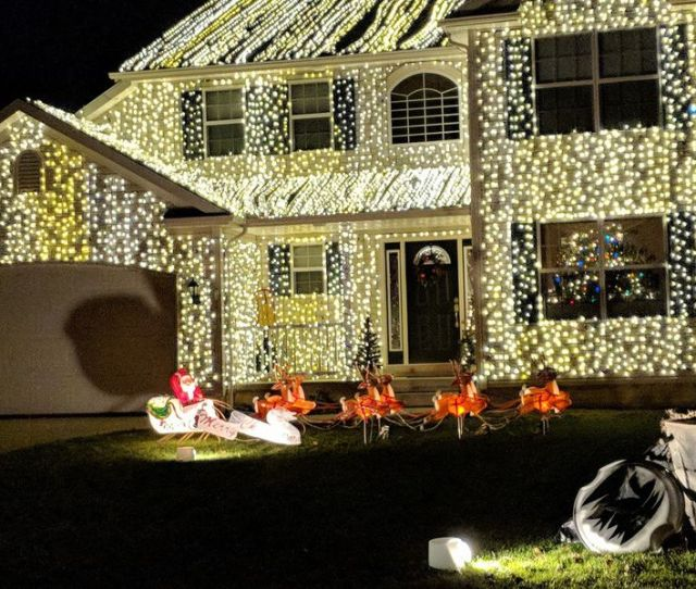 Wadsworth Resident Goes Griswold With Home From National Lampoons Christmas Vacation