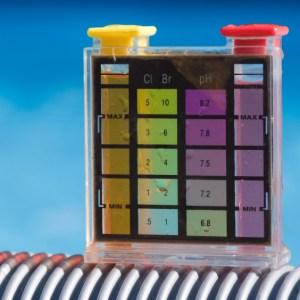Poolchemie / Wasseraufbereitung