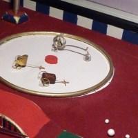 Großartige Vorstellung mit winzigen Akteuren: ein Besuch im Floh-Zirkus